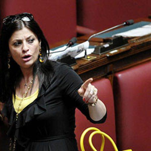 """Regione Calabria """"Coronavirus"""" : Santelli """"Ci sono solo cento posti in terapia intensiva""""."""
