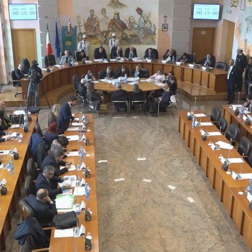 Undici consiglieri comunali della città di Cosenza,chiedono la convocazione del consiglio comunale.